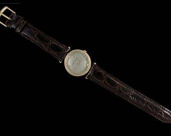 1961 Girard Perregaux Vintage Mens Midsize Modernist Watch - 14K Gold