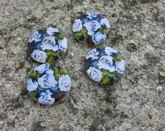 Set of 4 25 mm hand painted Pearly shuffleboard beads *.