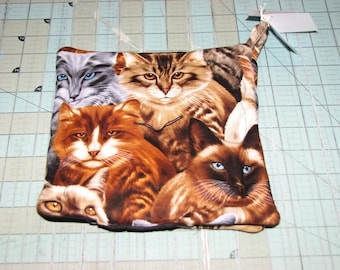 1  Set of 2 Cat Pot holders handmade Made in maine by Carol's Country Crafts Black Background Breeds