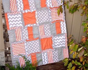 Chevron et pois bébé garçon Rag Quilt pour le lit de la chambre literie - Gris / Orange