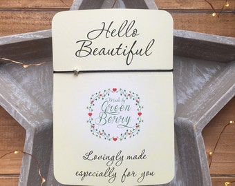 "Tiny Star charm String Bracelet on ""Hello Beautiful"" quote card madebygreenberry wish bracelet"