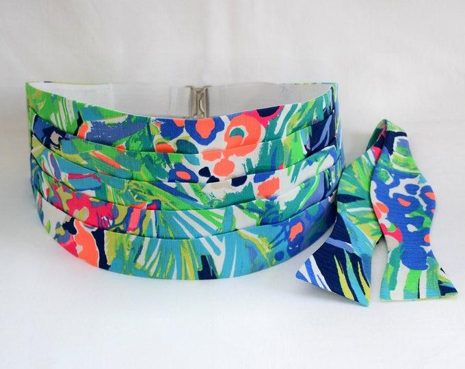 Cummerbund & Bow Tie, blue/green/multi Purrfect Lilly print, groom formal wear, wedding party wear, tuxedo accessory, custom made cummerbund