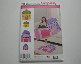 """Simplicity Pattern #8033 """"Acorn Horse & Castle"""" Rag Quilts"""