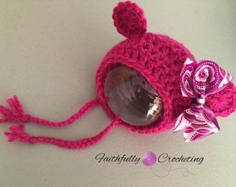 Newborn bear bonnet.. Pink bear hat.. Photo prop.. Ready to ship