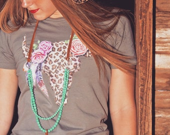 Leopard Bull Skull / graphic t shirt / feathers / roses / western / southwestern / cowgirl / country girl