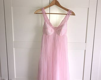 Vintage babydoll nightie pale pink polka dot nylon size S