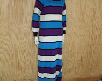 Vintage Lingerie 1970's JCPENNEY Stripe Jersey Knit Fleece Pull Over Robe Loungewear Patio Lounger Small Medium S / M