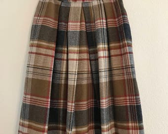 1970's  Sears Junior Bazar Wool Plaid Skirt (pleaded on the front)