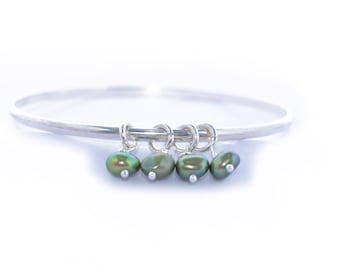 Green Pearl Bangle - Green Pearl Bracelet - Bridal Green Pearl Bracelet - Sterling Silver - Bridesmaid bangle bracelet  - Pearl Bangle