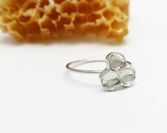Honeycomb Sterling Silver ring, Beehive ring, Honeybee Jewelry, Silver Ring, Woodland Jewelry, Nature Jewelry, Minimalist ring