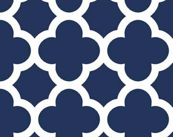 Navy Quatrefoil Medium - Riley Blake Designs - C435-21
