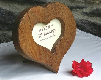 Picture frame heart shaped old wood, table or wall