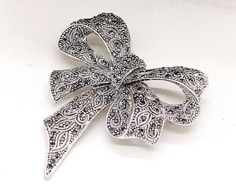 Haute Couture Vintage bow and Crystal brooch