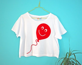 Red Balloon Cropped T-shirt, Boxy Crop Top, Cute Bold Crop Tee, Graphic Art Tshirt, Screenprinted T-shirt, Women's Tshirt, Fun Girl's Tee