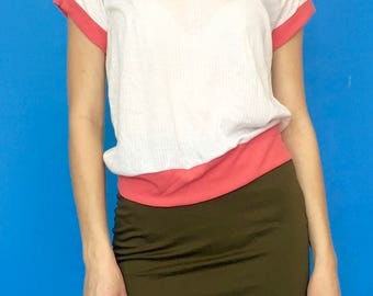 Vintage 80s 90s White and Pink See Through Ribbed V-Neck Short Sleeve T-Shirt