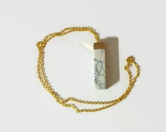 White Howlite Necklace, Stone Necklace, Gold Stone Necklace, Gemstone necklace