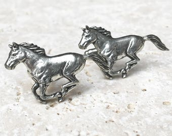 Wild Horse Cufflinks. Antiqued Silver Pewter Wild Stallion Horse Cufflinks