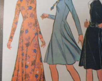 McCalls 3370 Vintage 1970's Mandarin Collar Maxi Dress Pattern - Fit and Flare Maxi Dress Pattern -Long Sleeved Maxi Dress - Size 10 Bust 32