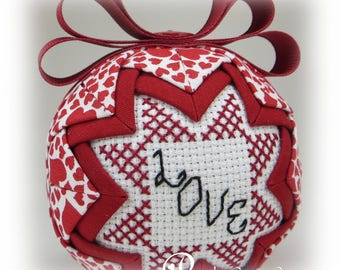 Valentine's Day Ornament - Quilted Ornament - Valentine Decoration