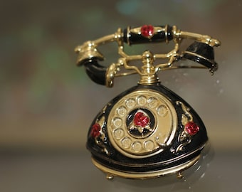 Classic Telephone Brooch *Excellent Condition