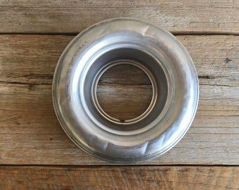 Vintage Aluminum Bundt Pan // Baking Mold // Savarin Ring Mold