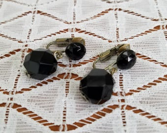 Vintage Black Glass Faceted Dangle Clip On Earrings Made in Japan, Midcentury Black Glass Drop Costume Jewelry