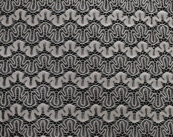 Malt Art Puzzle Lace Fabric by the Yard - Style 261