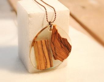 Τransparent Resin Necklace, Olive Wood Necklace, Resin Pendant, Elegant Necklace, Gift For Her, One of a Kind, Resin Pendant, Gift for Mom