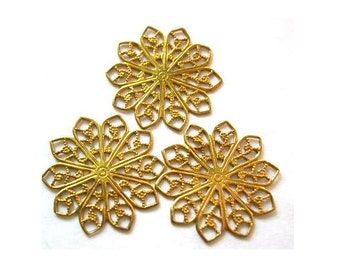 7 Vintage filigree FLOWER SHAPE 19mm