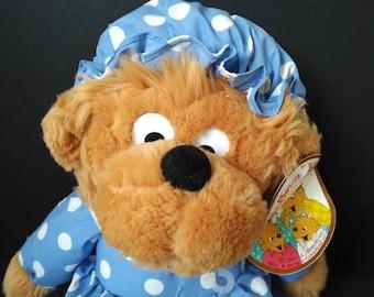 1997 THE BERENSTAIN Bears MAMA Bear Stuffed Plush with tag The Berenstein Bears
