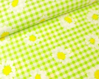 Cotton fabric daisies on green-white checkered (5.90 EUR/meter)