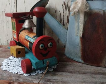 Vintage Fisher Price Looky Chug Chug Train - Choo Choo Train, Retro Wood Toys, Vintage Child's Gift, Christmas Gift 4 Kids, Wooden Train Toy