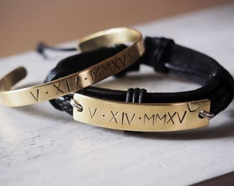 Engraved Couples bracelet, Matching couple bracelets, Anniversary date bracelets Roman numeral anniversary gift Personalized mens bracelet