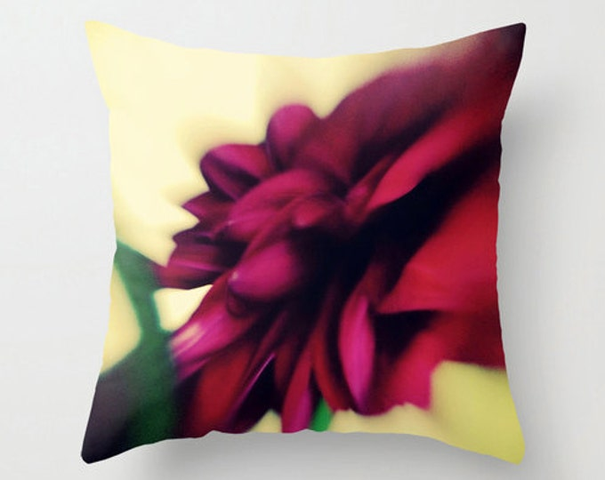 Wine Red Sofa Pillow, Dahlia Flower Petals Accent Pillow, Fleur Detail Throw Pillow Cover, Botanical Cushion 18x18 22x22 Decorative Cushion