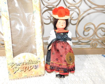 Porzellan-Puppe Doll in Original Box, Wilhelm Original Trachten Doll in Box, German Black Forest Doll, Vintage Doll, Bilhelm :)s*