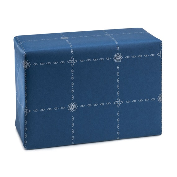 GEOMETRIC STAR. Wrapping paper. Classic. Geometric design. Silver stars. Dark blue background. For him. For her
