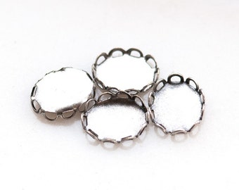 10x8mm 8x10mm Oval Lace Edge Cabochon Settings with Antiqued Silver, 1 loop, 2 loops, no loops, Quantity 4