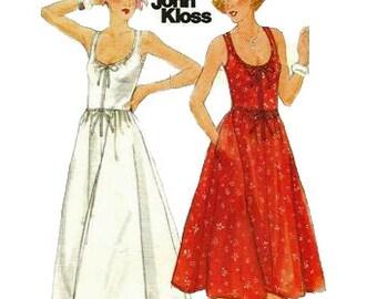 1970s Butterick 4810 John Kloss Misses Zip Front Sundress Pattern Low Scoop Neckline Womens Vintage Sewing Pattern Size 8 Bust 31 or 10 B32