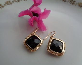 Gold Earrings, in 585 goldfilled m. crystal glass pendant, black