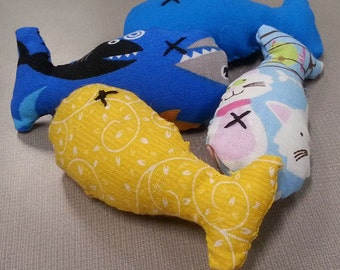 Cute Handmade Catnip Fish (5 pack)