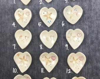 Ceramic heart-shaped dishes