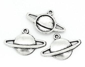 """10 pcs. Antique Silver Planet Saturn Charms Pendants - 20mm x 13mm (3/4"""" x 1/2"""")"""