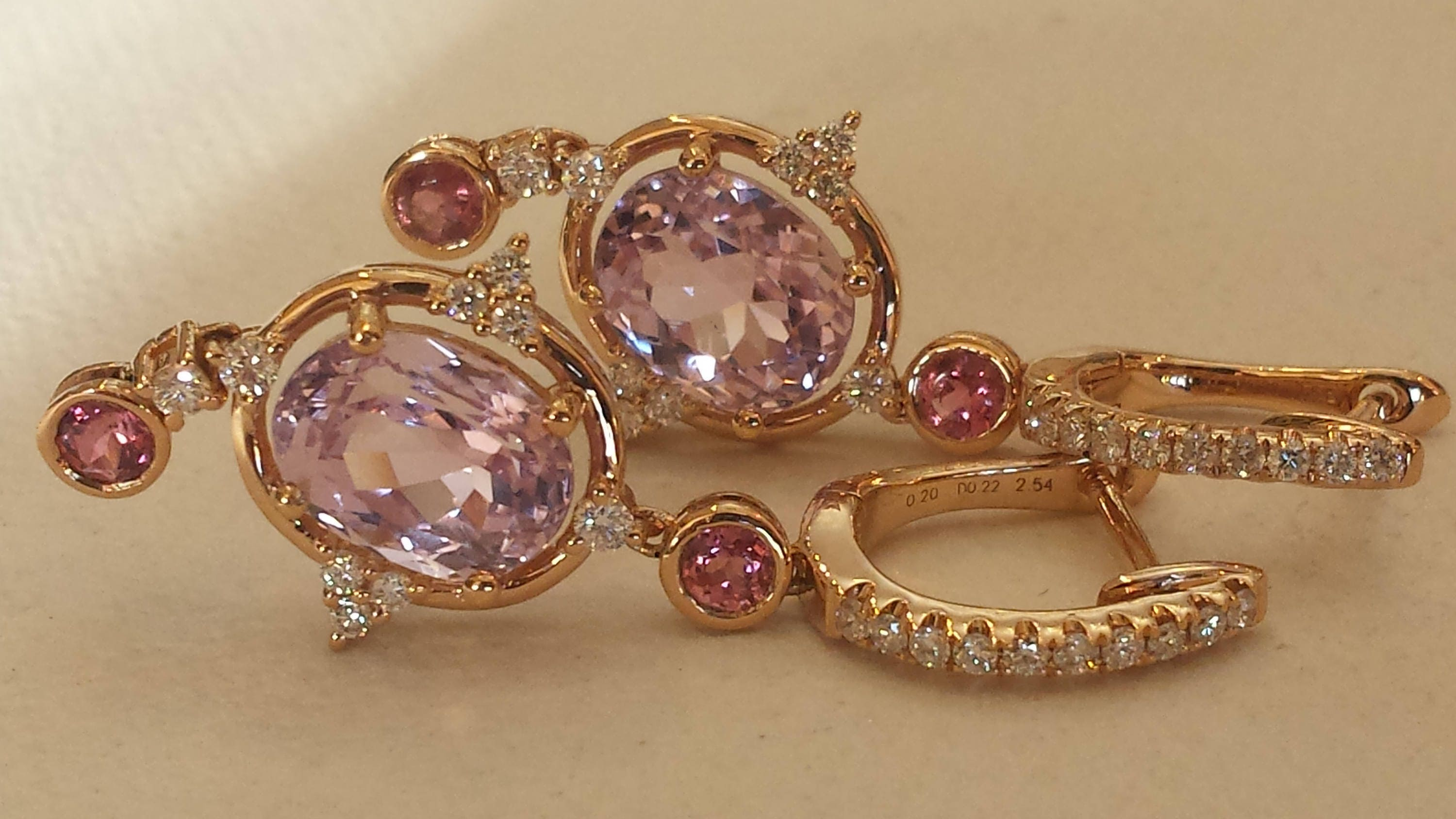 with cushion dangle cut purple earrings kunzite earring and gold white diamond