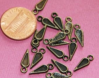 50 pcs of antiqued brass teardrop charm 14X4mm