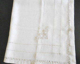 "Textured DRAWN CUTWORK Ivory Linen Tablecloth Geo Pinwheel & Spider Web Designs 31"" sq Card or Small Table Cover 1930s Vintage Unused"