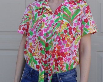 1970's 70's BRIGHT FLORAL BLOUSE button front with tie neck L xl