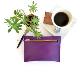 Purple leather wallet - change pouch / Coin purse / Handmade from Purple Italian leather