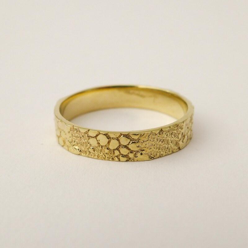 Men s gold wedding band 14 18 K solid gold wedding ring