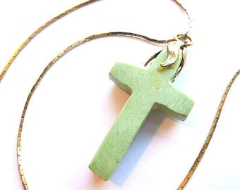 Vintage Mint GREEN STONE Cross with Goldtone Cap, SemiPrecious Stone Cross & Goldtone Neck Chain, Jasper Cross and Chain, Cross Necklace