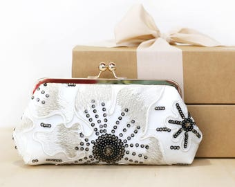 Lily Floral Lace Bridal Clutch in black and Ivory and Gold | Bridesmaid, mother of the bride Clutch